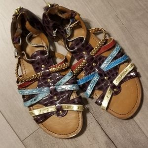 🍁2 for$10.00🍁Colorful sandal by Madeline sz 8M